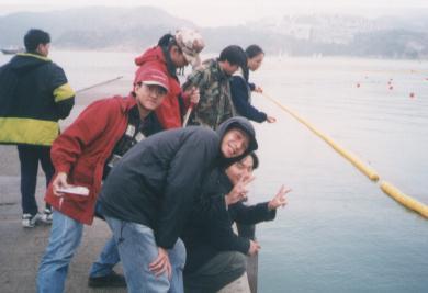 聖士提反碼頭邊發現大尾魷!